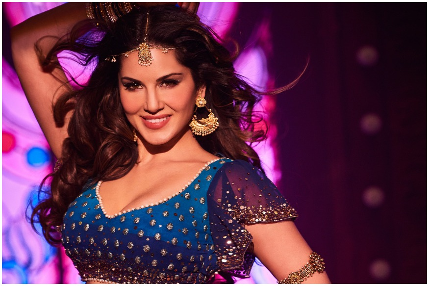 Sunny Leone Opens Up About Her Former Profession  Friday Rumors-7526