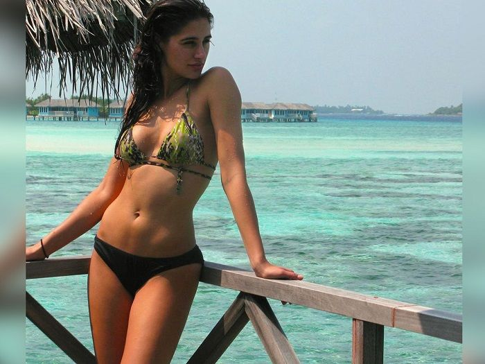 Nargis Fakhri sets mercury levels rising with her latest photo in a bikini