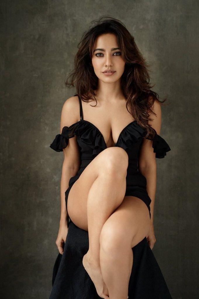Bikini babe of Bollywood neha Sharma in sizzling black