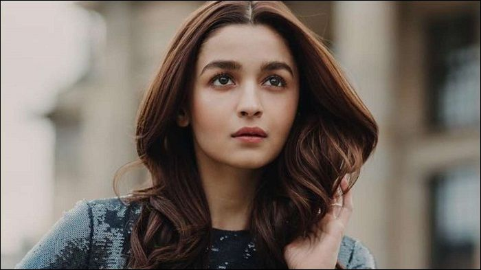 Alia Bhatt planning to make Hollywood debut