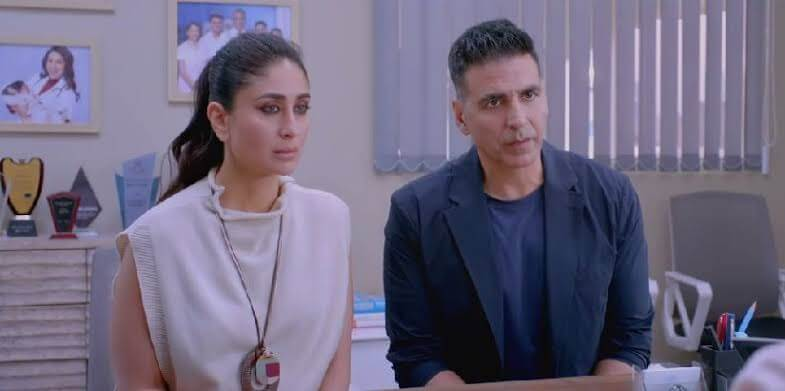 Kareena Kapoor Spat on Akshay Kumar